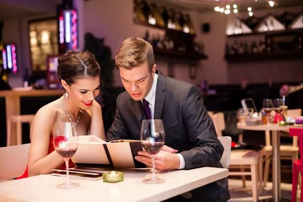 8 шуточных, но крайне полезных советов для похода с девушкой в ресторан