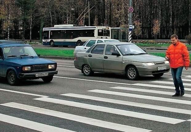 Внимательно следите за идущим по соседней полосе транспортом / Фото: kazanfirst.ru