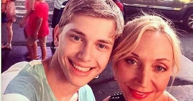 """Младший сын Кристины Орбакайте рассказал об отношениях с отцом: """"Затрону наконец эту тему"""""""