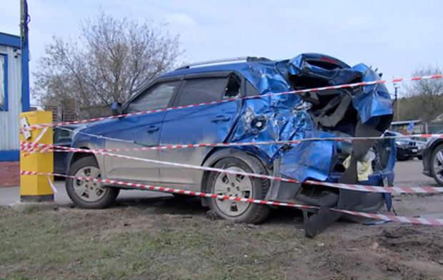 Пьяный водитель протаранил пять машин на парковке в Москве