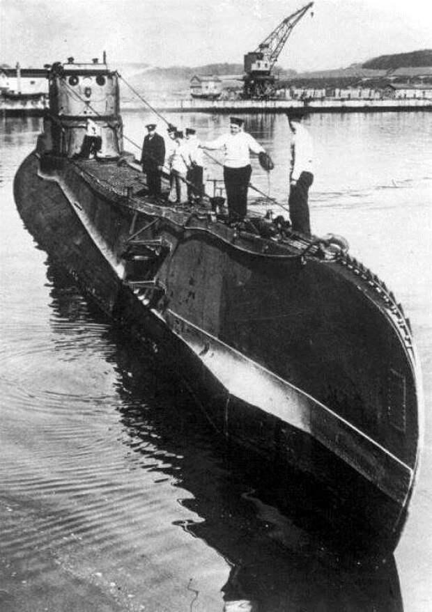 Как несчастная любовь польского подводника определила судьбу Эстонии (6 фото)