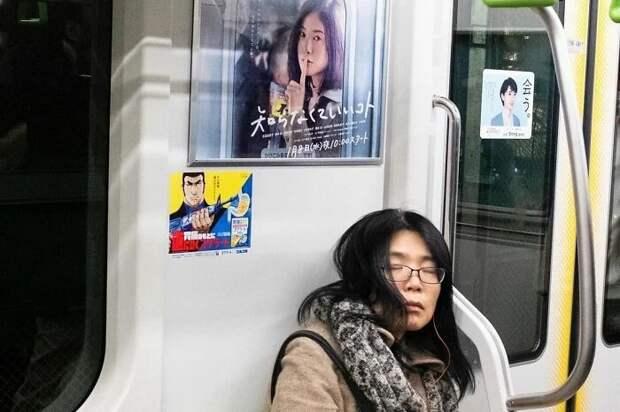 Уличный фотограф изГонконга ловит неожиданные мгновения