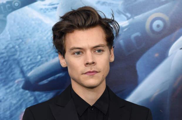 Посмотрите на Гарри Стайлса в образе русалки Ариэль...