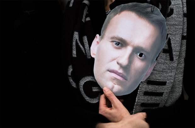 Нарышкин: СВР известна лишь «часть правды» об отравлении Навального