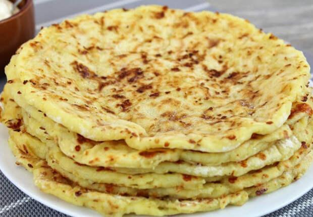 Без муки и яиц: картофельные лепешки с сыром готовы за 5 минут