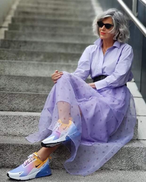 Фото 2, 3  - модный блогер Кармен Гимено.