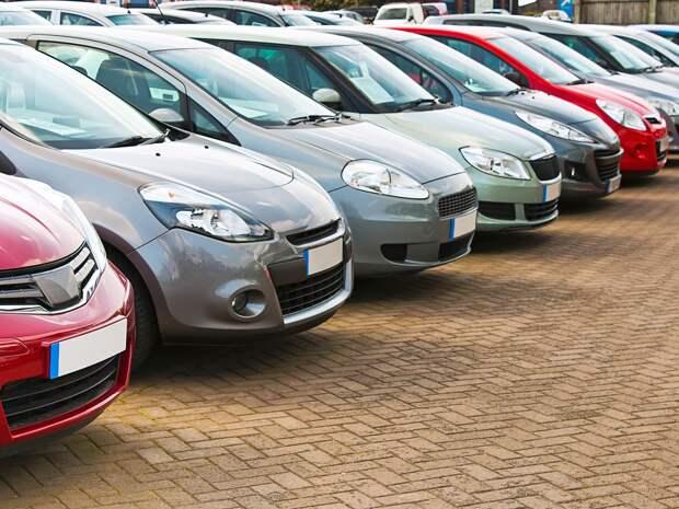 Эксперты назвали самые популярные на вторичном авторынке иномарки и отечественные автомобили в начале 2021 года