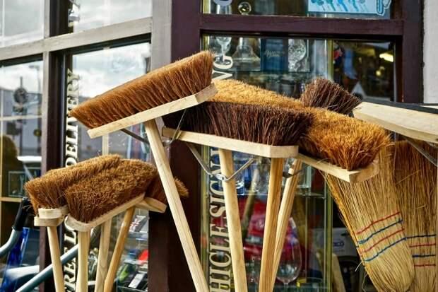 В Веневе мужики подрались обломками метлы