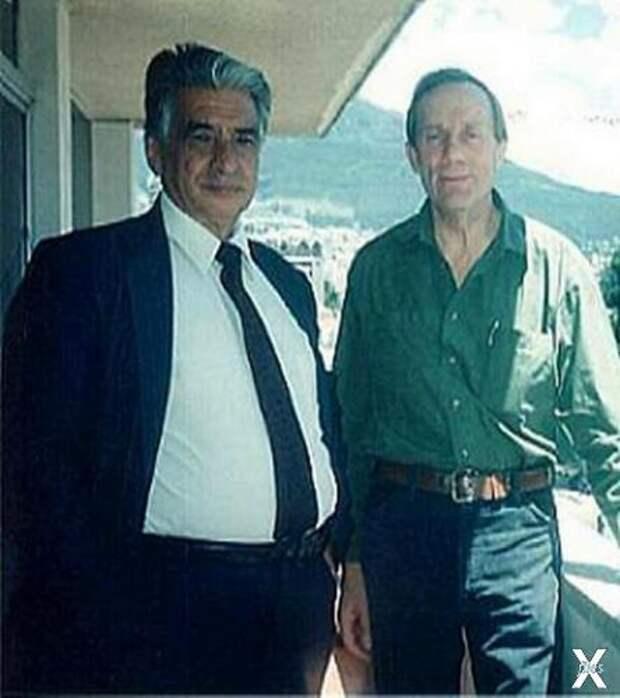 Слева Лючио Петронио Джарамилло Абарк...