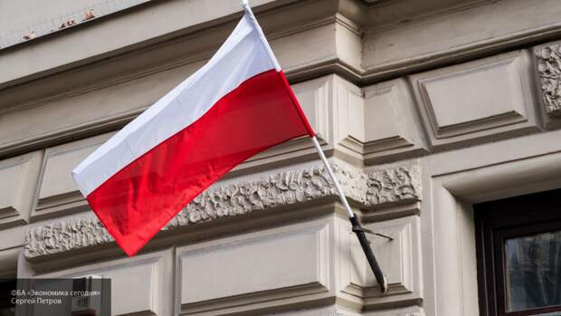 Польша хочет наказать смоленских диспетчеров за крушение Ту-154 в 2010 году