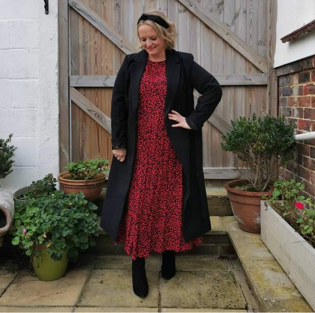 Как женщине до и после 50-ти выглядеть стильно в длинном пальто: получается у модных блогеров – получится и у вас