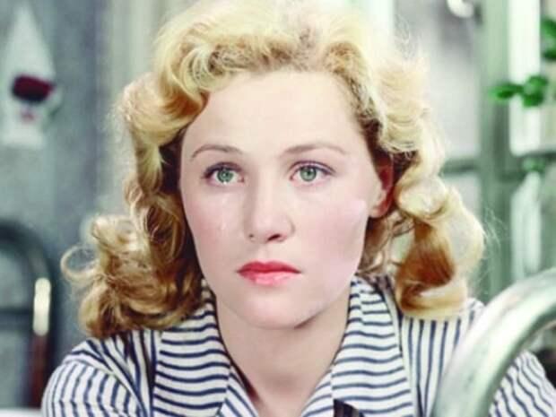 Кадр из фильма *Разные судьбы*, 1956 | Фото: kino-teatr.ru
