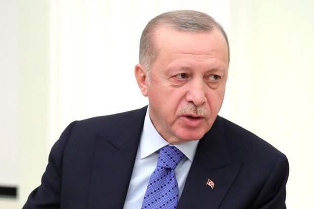 Эрдоган прокомментировал танец на территории армянского храма в Стамбуле