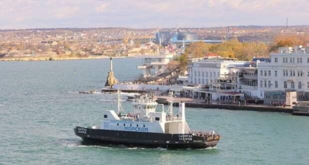 В Севастополе морской транспорт снова временно не работает