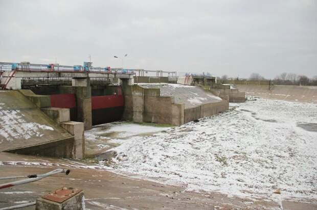 «Хитрый трюк» России заставит Украину снять водную блокаду Крыма