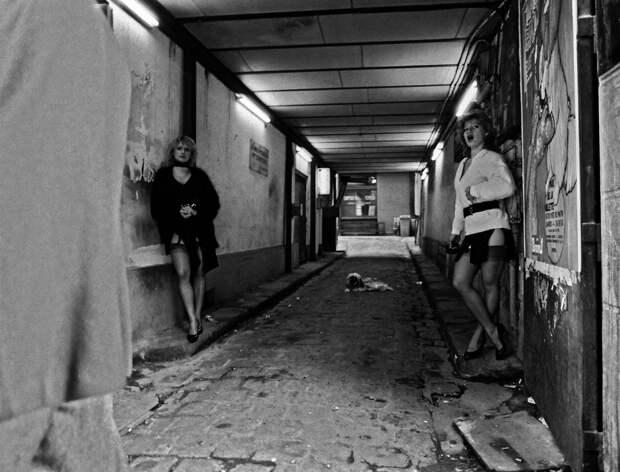 Труженицы секс-индустрии с улицы Сен-Дени. Фотограф Массимо Сормонта 11