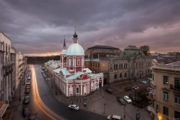 Пантелеймоновская церковь, улица Пестеля. Санкт-Петербург
