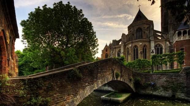 Церковь Богоматери - фото и описание достопримечательностей Брюгге