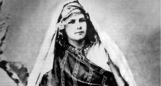Изабель Эберхард: как русская девушка стала арабом и утонула в пустыне