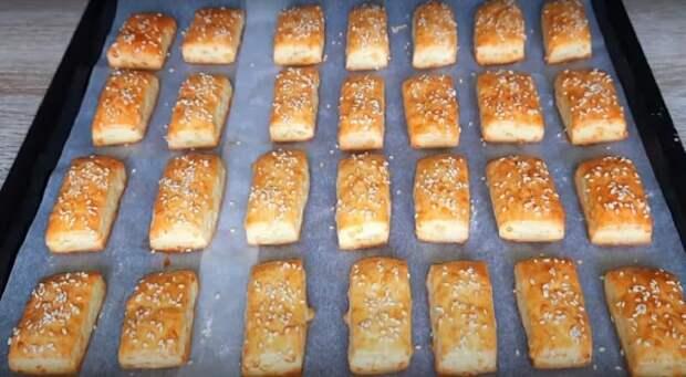 Сырное печенье. Рецепт солёных снеков в домашних условиях