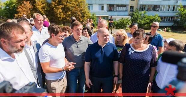 Главе севастопольской приемной Медведева не помогли ни флот, ни Белик, ни «Ростех»