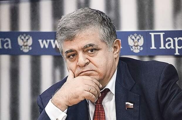 Джабаров назвал заявления о поддержке США боевиков в Крыму грубым вмешательством в дела России