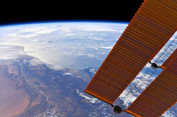 Почему США так недовольны секретным российским спутником