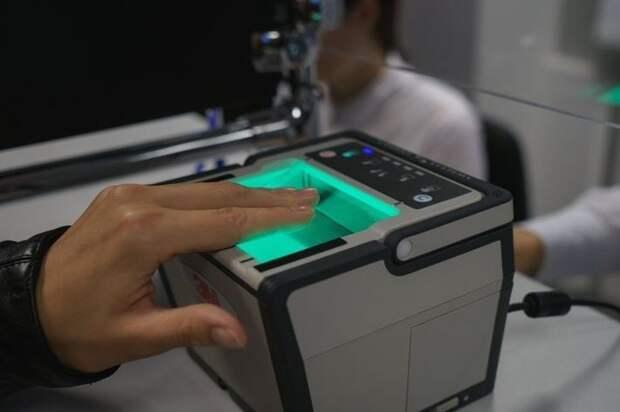 Банки РФ с 1 июля начнут сбор биометрии клиентов