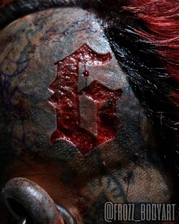 Число зверя: одержимый татуировками уругваец хочет вырезать начерепе «666»
