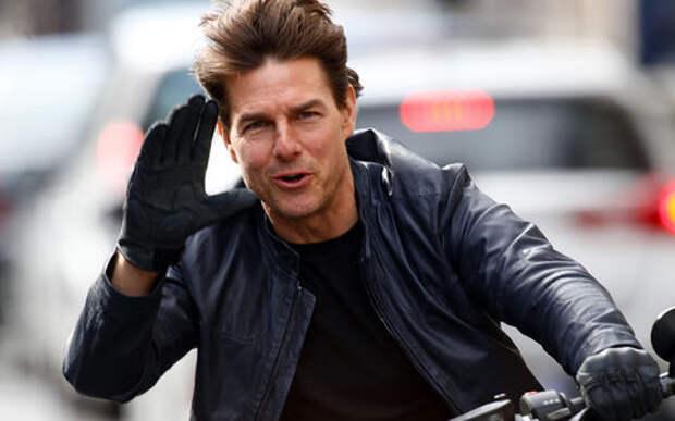 Том Круз оседлал самый быстрый в мире мотоцикл