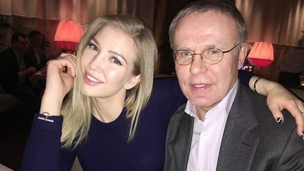 Фетисов: «Ислава богу, что моя дочь учится вАмерике. Получит образование, которое конкурентно»