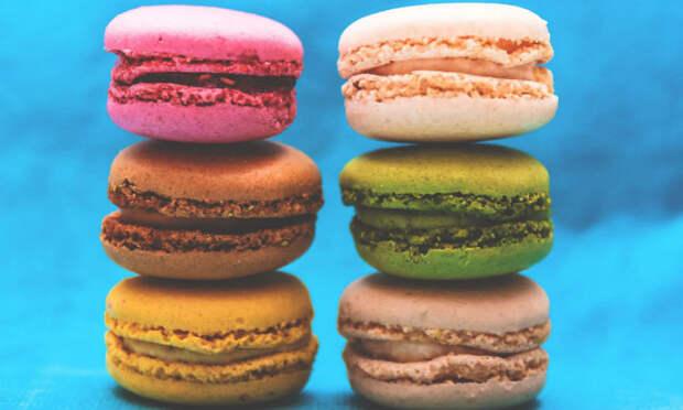 Отказываемся от сладкого: диетологи назвали верный способ