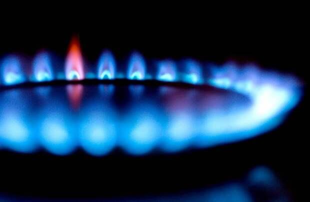 Цена на газ в Европе установила рекорд на фоне остановки закачки топлива в хранилища