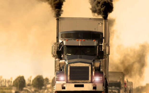 Застрял за чадящим грузовиком - что делать?