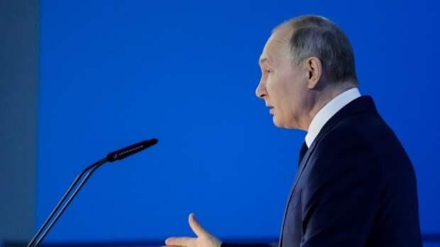 Путин объявил длинные майские выходные