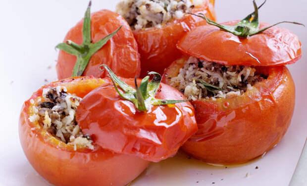 Готовим помидоры по-новому: 8 рецептов от опытных кулинаров