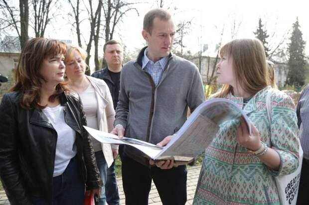 Префект СВАО Алексей Беляев посетил парк вдоль 3-й Северной линии