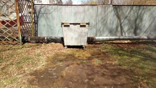 Регоператор решил проблему сбора мусора в общежитии, закрытом на карантин