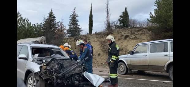 На трассе между Севастополем и Ялтой произошло смертельное ДТП