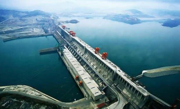 Крупнейшая ГЭС СССР: почти реализованный проект самого большого рукотворного моря в мире, которое хотели создать в Сибири