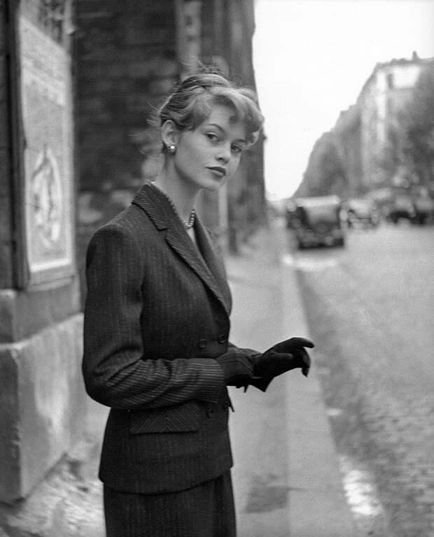 Элегантная Брижит Бардо и Париж 1950-ых.