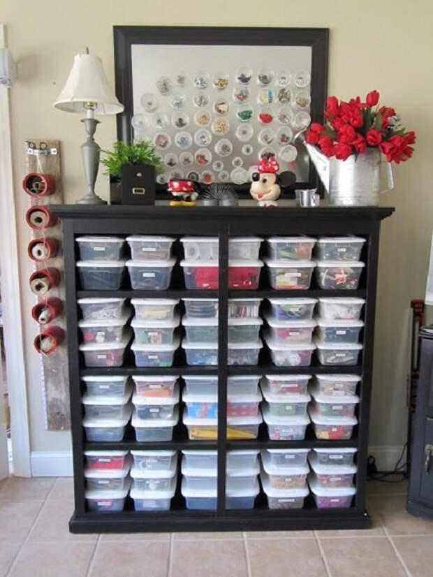 Простые коробочки в которых возможно хранить мелочи, которые пригодятся для рукоделия.