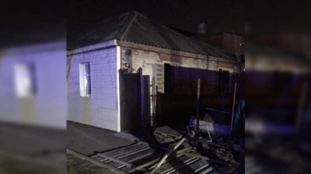 Два человека заживо сгорели вчастном доме вРостове