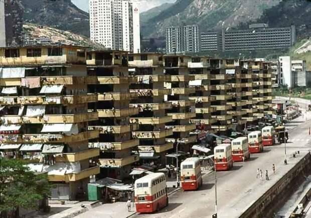 Несколько десятилетий назад Гонконг выглядел вот так. /Фото: i.pinimg.com