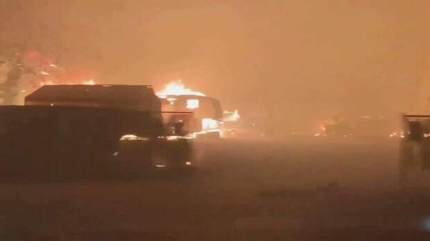 В США природные пожары захватывают все новые территории