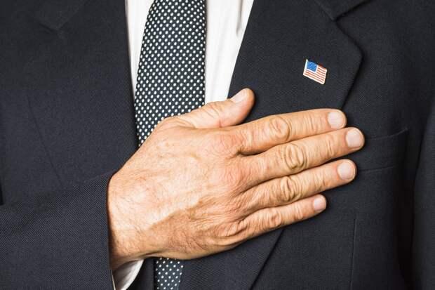 Америка зачищает мир от неправильных героев