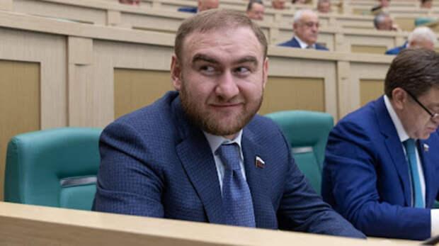 Продление ареста экс-сенатору отКарачаево-Черкесии Арашукову суд признал законным