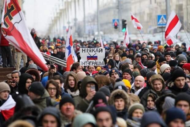 Запад хочет создать из Белоруссии вторую Украину. Голос Мордора