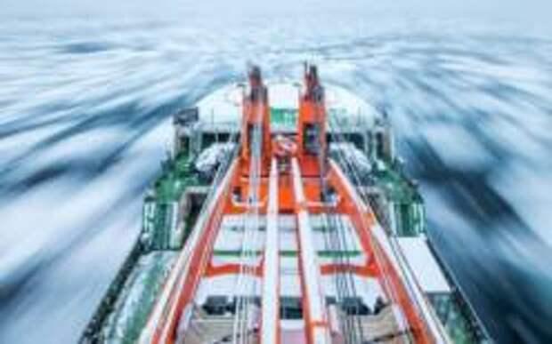 Лед в Арктике у берегов России тает быстрее, чем в районе Аляски
