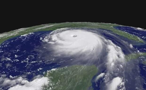 Уникальные кадры формирования урагана «Катрина»